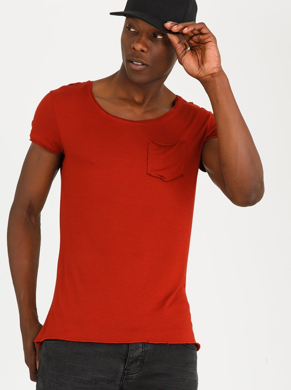 STYLE REPUBLIC Broiler Base Tee Rust