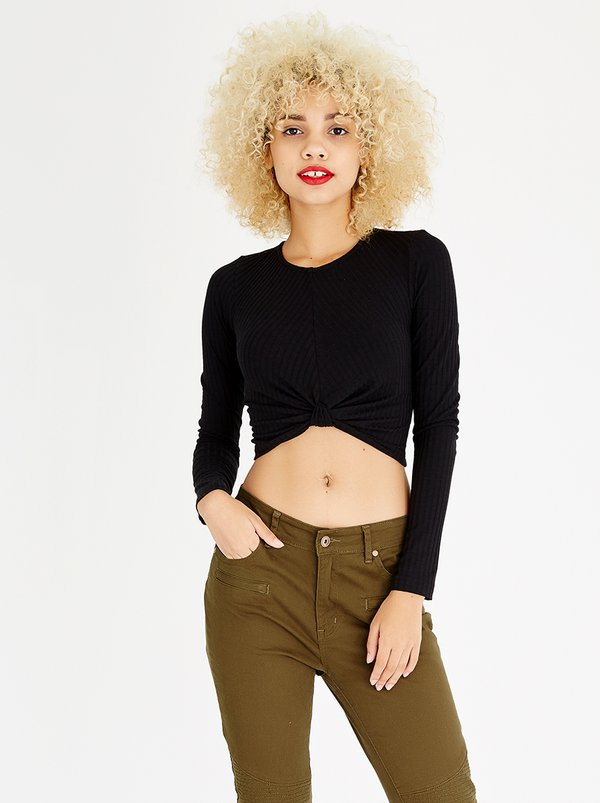 c(inch) Knot Detail Crop Top Black