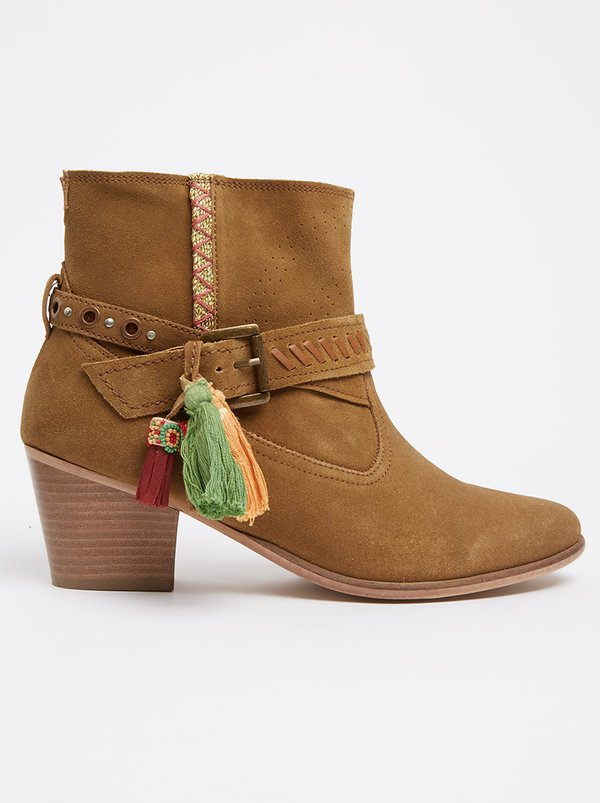 Gia by Queue Ankle Boot with Tassels Tan