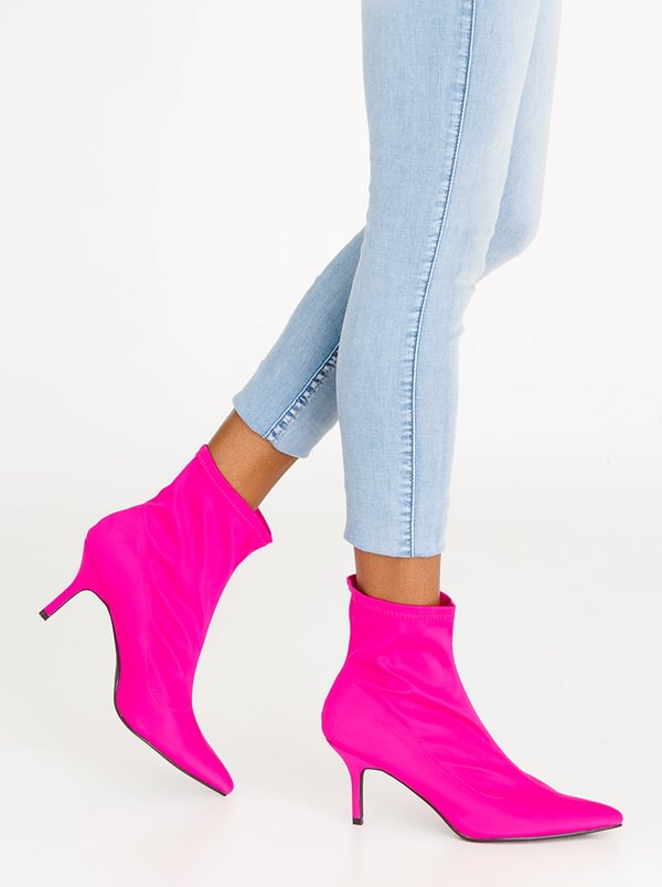 Sock Boots Magenta | STYLE REPUBLIC