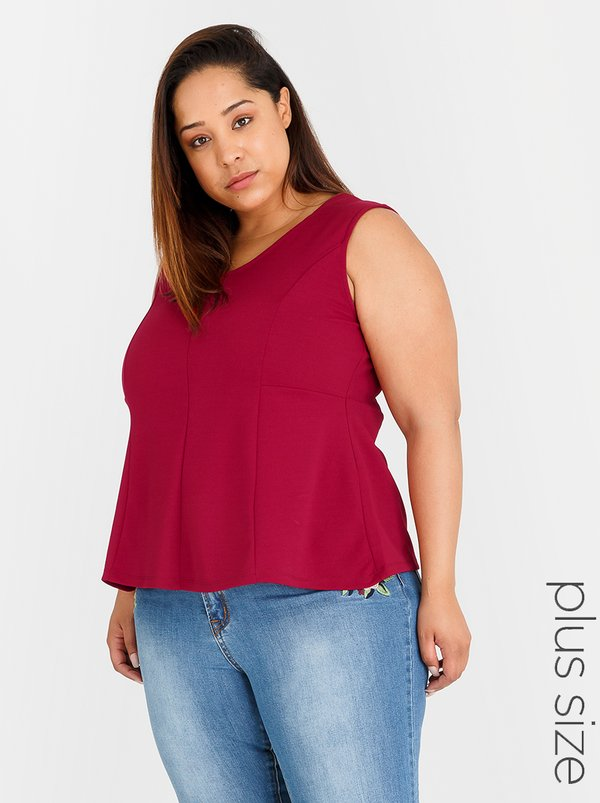 STYLE REPUBLIC PLUS Peplum Top Dark Red
