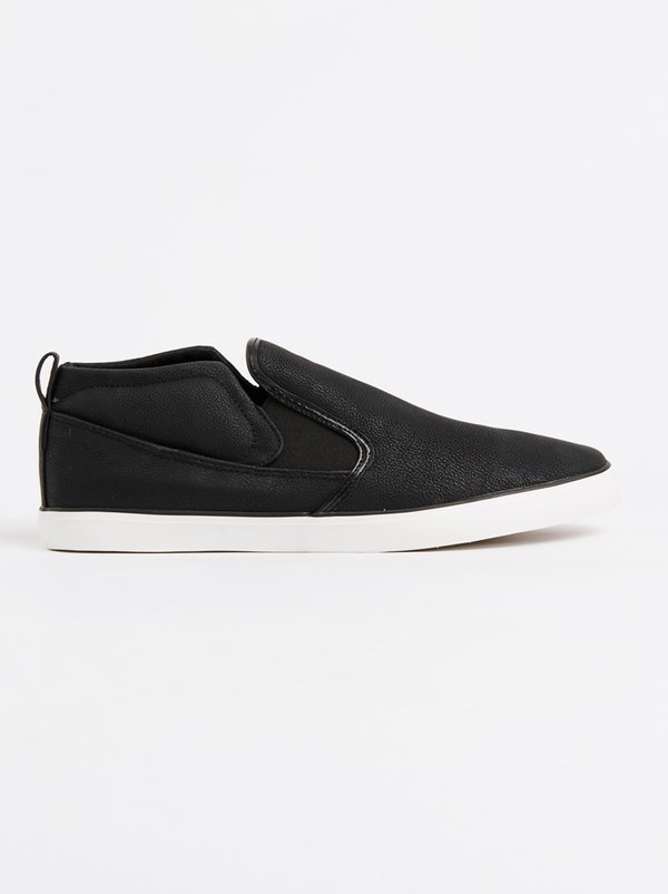 Brave Soul Crashern Slip On Sneakers Black and White