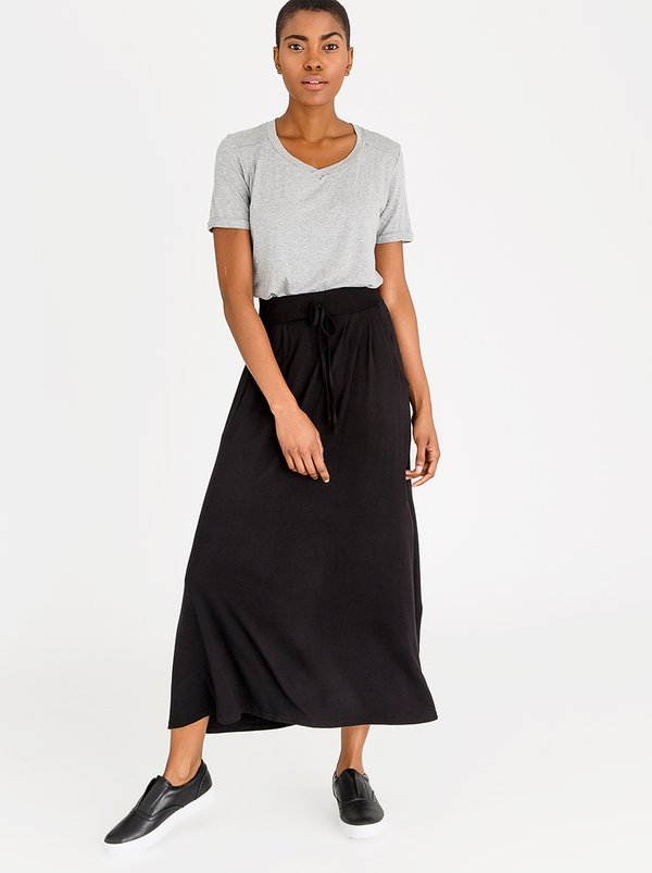 edit Stretch Maxi Skirt with Front Pockets Black