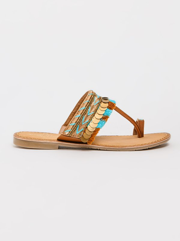 Wild Alice by Queue Tribal Print Sandals Tan